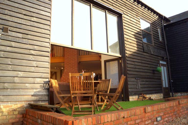 Alder Barn - Outside